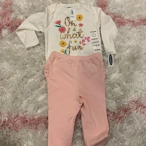 NWT old navy 12-18 month outfit
